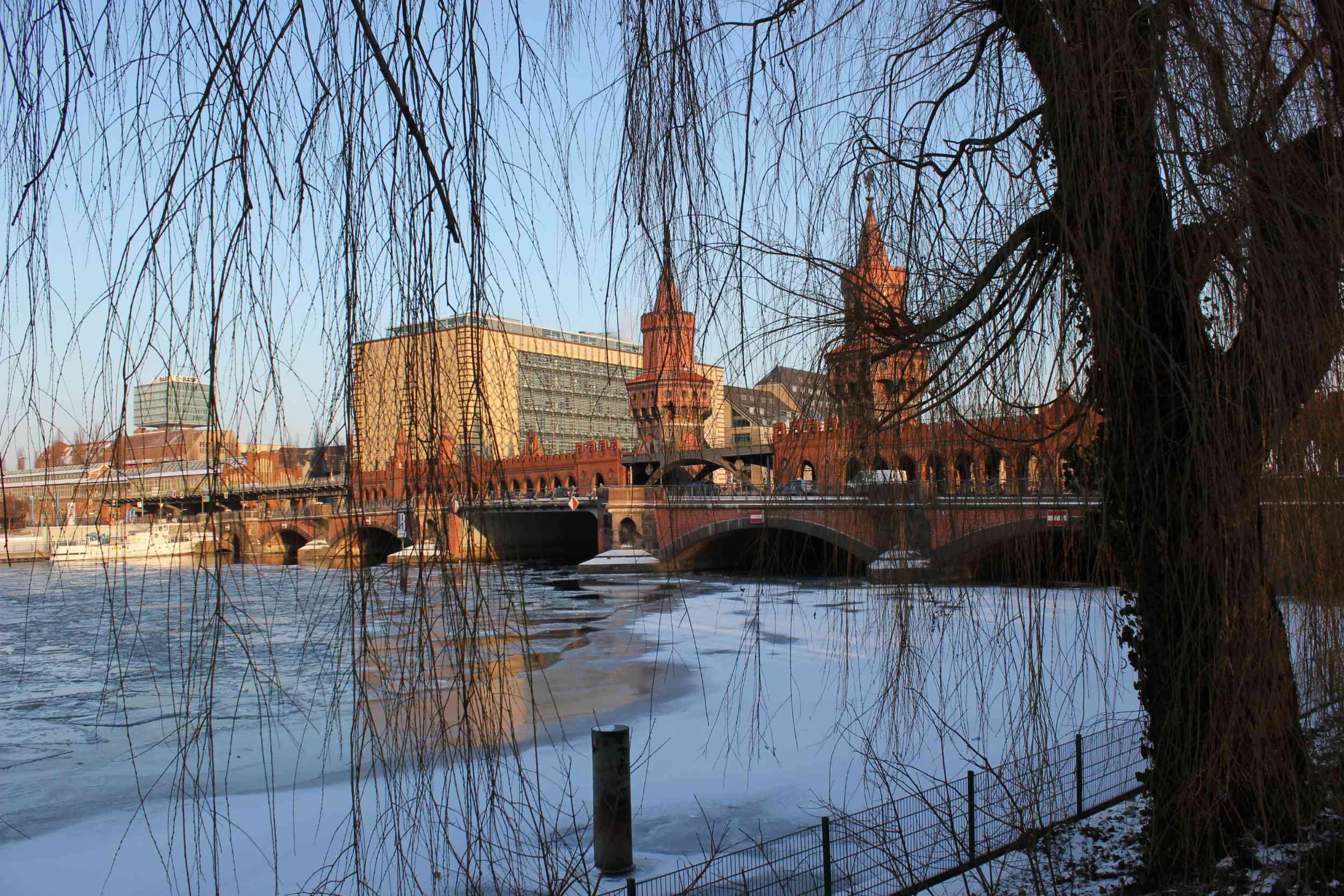 Pont Oberbaumbrücke en hiver